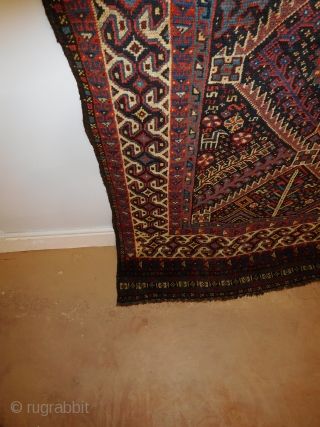 4'11'' x 9'2'' 