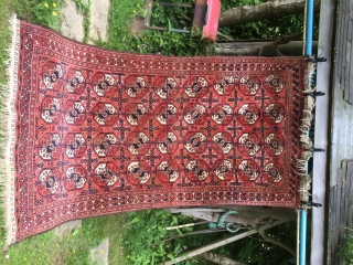 Vintage Mahdad Khani Baluch long rug. 20th Century. Full pile,  minor damage to fringe one end see photos. Original finishes and unrestored. Goat hair selveges. 9ft x4ft 6in 275cm x 137cm.