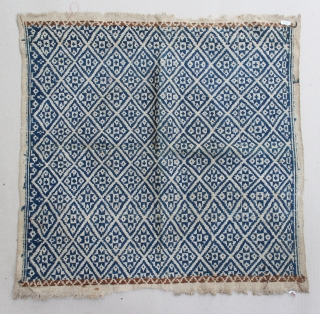 "Indonesia textile cloth ""Tampan"" from Kalianda or Putihdo Lampung, Sumatera. cotton. Size : 55cm x 55cm. Conditions : Please see on the picture, Free from any repair. 19th century."