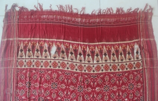 India 18th-19th century patola sari textile. Size: 460cm x 105cm. condition : look at the picture, free from any repair. found from sumatera Indonesia.