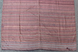 18th-19th century Ceremonial textile from Lampung Abung, Indonesia. this cloth call BIDAK, posible from manggala village at Tulang Bawang.Silk and cotton. Size: 236cm x 121cm.