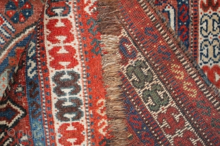 Tribal bird rug There are small holes Natural colors 19th Century.size 1.22cm x 0.80cm