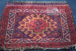 Antique Qashghai Bagface natural colors good condition,size 0.53cm x 0.55cm