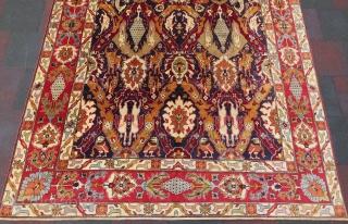 Caucassian dragon carpet wonderful colors all original size 3,58x2,38 cm Circa 1940-1950