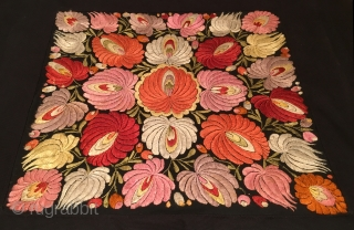 Hungarian Embroidery (Matyó) 53 x 49 cm