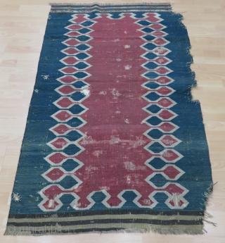 Caucasian Kilim Size 103x167 cm / 3'4''x5'5''