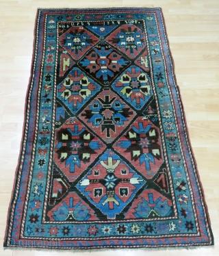 Caucasian Karabagh Rug Size 110x162 cm / 3'6''x5'3''