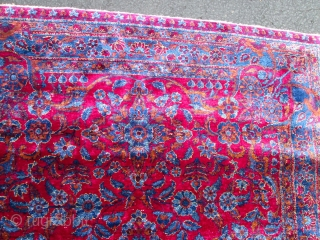 Stunning 100% silk Persian Kashan Rug.
