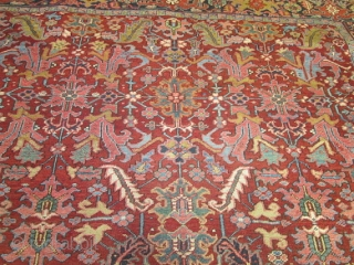 Antique Persian Heriz .