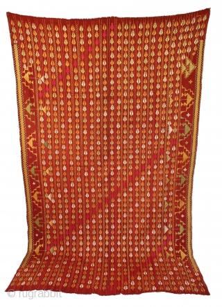 Vintage Phulkari from East(Punjab)India called As Beechu Design With Darshan Darwaja Design.One of the rare design in Indian Phulkari.(DSC01140New).