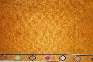Vari-Da-Bagh from West (Pakistan) Punjab India.Extremely Fine Phulkari.This bagh was gifted to the bride by her in-laws when she was entering their house, her new home, on the wedding day.(DSE02980).