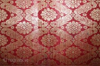 Gujarati Khinkhab Ghaghra Zari Brocade(yardage)From Jamnagar Gujarat India.C.1900.Woven in Jamnagar,Worn by the Kathi women of Saurashtra Gujarat India.Its size is 82cm X 194cm.(DSL02350).