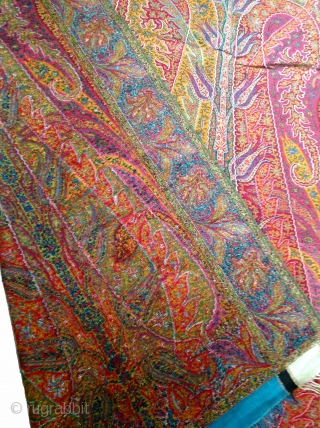 Rare Shikh Period Long shawl with a unique center which is not very easy to find,C.1850, From Kashmir, India.Its size is 135cm X 330cm. Mint condition.(DSL02410).