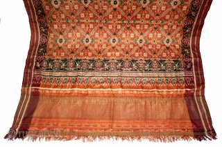"Patola Sari Double Ikat.Woven with Vohra-Gaji-Bhat,Used by the Vohra Muslim Merchant Caste From Patan Gujarat India.This pattern is called ""Vohra Gaji Bhat"", A design favored by the Vohra Muslims.Its Size is 118cm  ..."