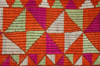 Phulkari from East (Punjab) India Called As Barfi Bagh.Very Rare Pattern.Extremely Fine Phulkari. Mind Condition.(DSL02640).
