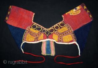 Banjara Choli Blouse From Karnataka South India.C.1930. Hand Spun Cotton Dyed in Natural Colors.(DSL03460).