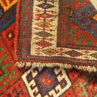 Large antique Jaf bag-face, with subtly saturated natural colours and full thick pile, in great condition. 36in by 26in