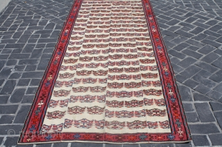 rare Azarbaijan flatweave. With Needle work . condition very good. #53090