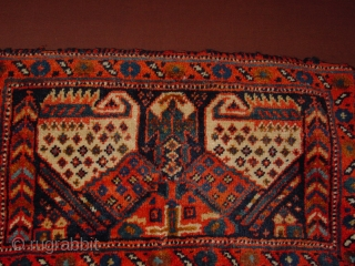 wonderful antique full pile complete afshar chanteh bag , original kelim bacl, in kelim back one very smal smallest fingertip size wear, no stains, no repairass, great complete selvedges, great natural colors 50x30cm 1.7x1ft