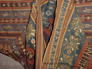 fabulous antique refined tapis Sumatra Indonesia, lots of gold and silverbrocade, UNOPENED!, no damages! 60x120cm 2x4ft unopened ofcourse