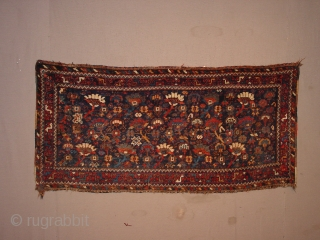 wonderful special sized!!!! kaskay panel? wide rug? wonderful drawing, great natural colors,  all sides Original, one tiny fingertip repair, minor low pile, no stains, silky meaty wool 145x69cm 4.8x2.3ft