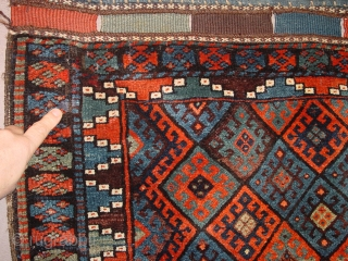 wonderful topquality wool and weaving, wonderful natural colors, great larger size