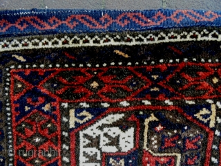 Baluch Bag and Bagface Size: 41x40cm and 52x44cm  Natural colors, there are white silk dots at the medallion, made in period 1910