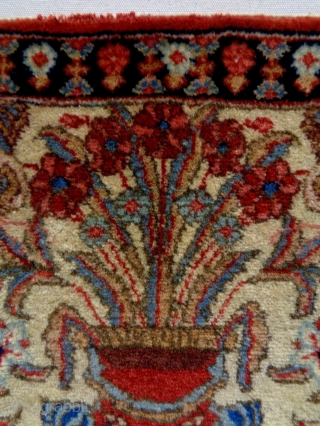 Keshan Size: 52x52cm Natural colors, made in circa 1910/20