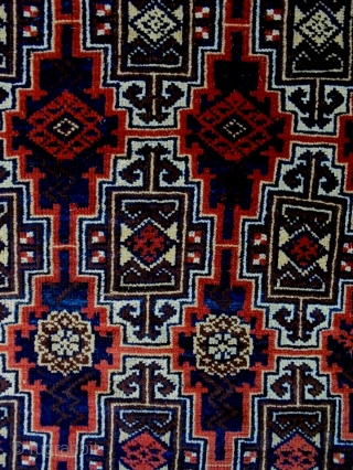 Fine Baluch Size: 86x158cm Natural colors, made in circa 1910