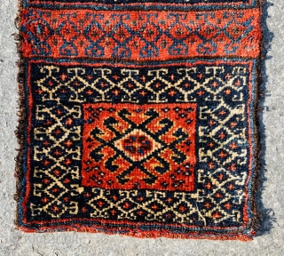 double face Luri Qashqai chanteh 1880 circa with symmetric knots in perfect condition•••size44x27cm