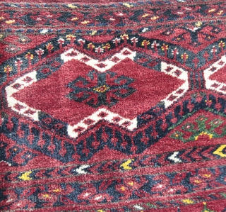 Beautiful turkoman rug erly 20th C.