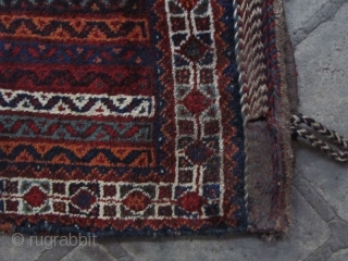 Pair of sw persia arab baff juals not washed and need some repaires with good colores and good pile.can be offer in a good price.Sizes:104x75 ,106x80 cm