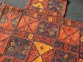Lori olad tribes of bakhtiari saltbag in perfect condition.Size:55x55 cm