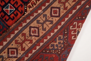 Caucasian Bordjalou Rug with Unusual border circa 1870  size 155x265 cm