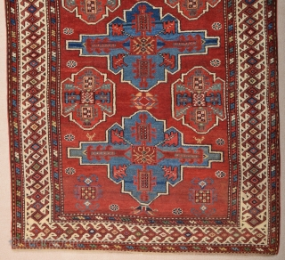 Mid 19th Century NW Persian Rug size 111x213 cm