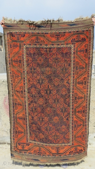Baluch rug no repair,original edges,size 180x108
