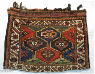 Afshar bag 1900 circa all color is good Size: 82x60cm