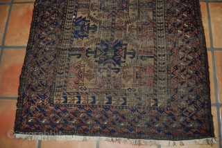 Antique Baluch rug, 89 x 156 cm, condition issues, thin, wear, complete