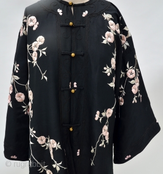 Chinese Silk Embroidered Turn of the Century Embroidered Robe