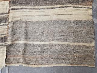 Size : 193 x 220 (cm)  Middle anatolia (cappadocia),  Natural undyed wool kilim.