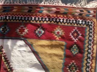 Size: 150x280 very old decorative Qashqaee rug (madder )
