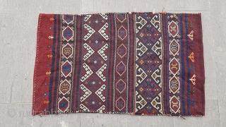 Size : 70 x 113 (cm),  West anatolia (bergama),