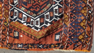 early 20th century Sinanli single kilim heybe woven by a sub-tribe of Drejan in the Malatya region, one of the ancient tribal villages now under the Karajaya dam. Very fine, light weave  ...