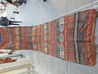 Size : 106 x 410 (cm)