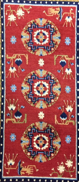 Antique Handmade Tibetan rug, all in natural, one old repairs,good Pile,Clean,Soft,more than 100 years Old,Size:4.8 ft by 2.7 ft,Size:141cm by 78cm