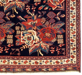 Antique floral Afshar Rug, 4.5 x 5 Ft (135x153 cm). Full pile, very good condition, original as found.