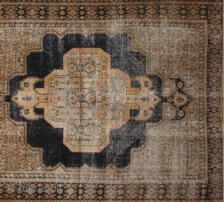 Senneh Rug. 140*182 cm