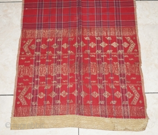 #rb 045 Minangkabau head cloth / shoulder cloth, Minangkabau people west Sumatra Indonesia, late 19th century, cotton silk gold threat supplementary weft weave natural dyes, good condition with small holes. size: 248  ...