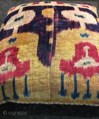 An excellent and very rare antique Uzbek silk velvet / Bakhmal Ikat pillow dating to the second half of 19th century Bukhara. Silk velvet Ikats are some of the most coveted of  ...