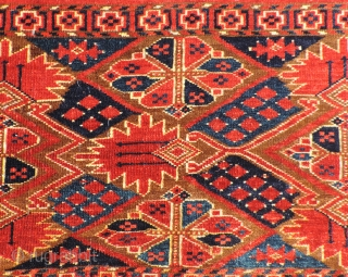 19th century Middle Amu Daria Torba or Trapping.  Probably Beshir group.  The piece has an explosive design complex with Persian influences.  The colors are all natural and highly saturated.  ...